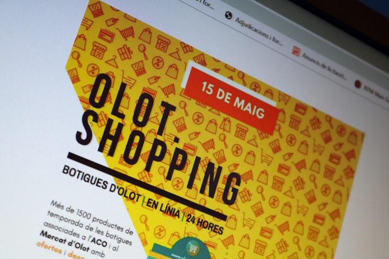 L'Olot.Shopping ven gairebé 500 productes