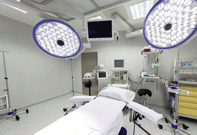 L'Hospital d'Olot estalvia 30.000 quilos anuals de residus hospitalaris gràcies a la microfibra