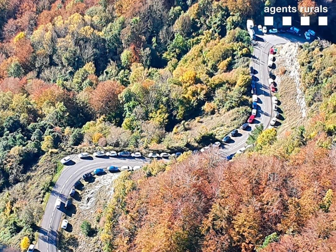 La Vall d'en Bas estudia com ordenar l'accés al Puigsacalm