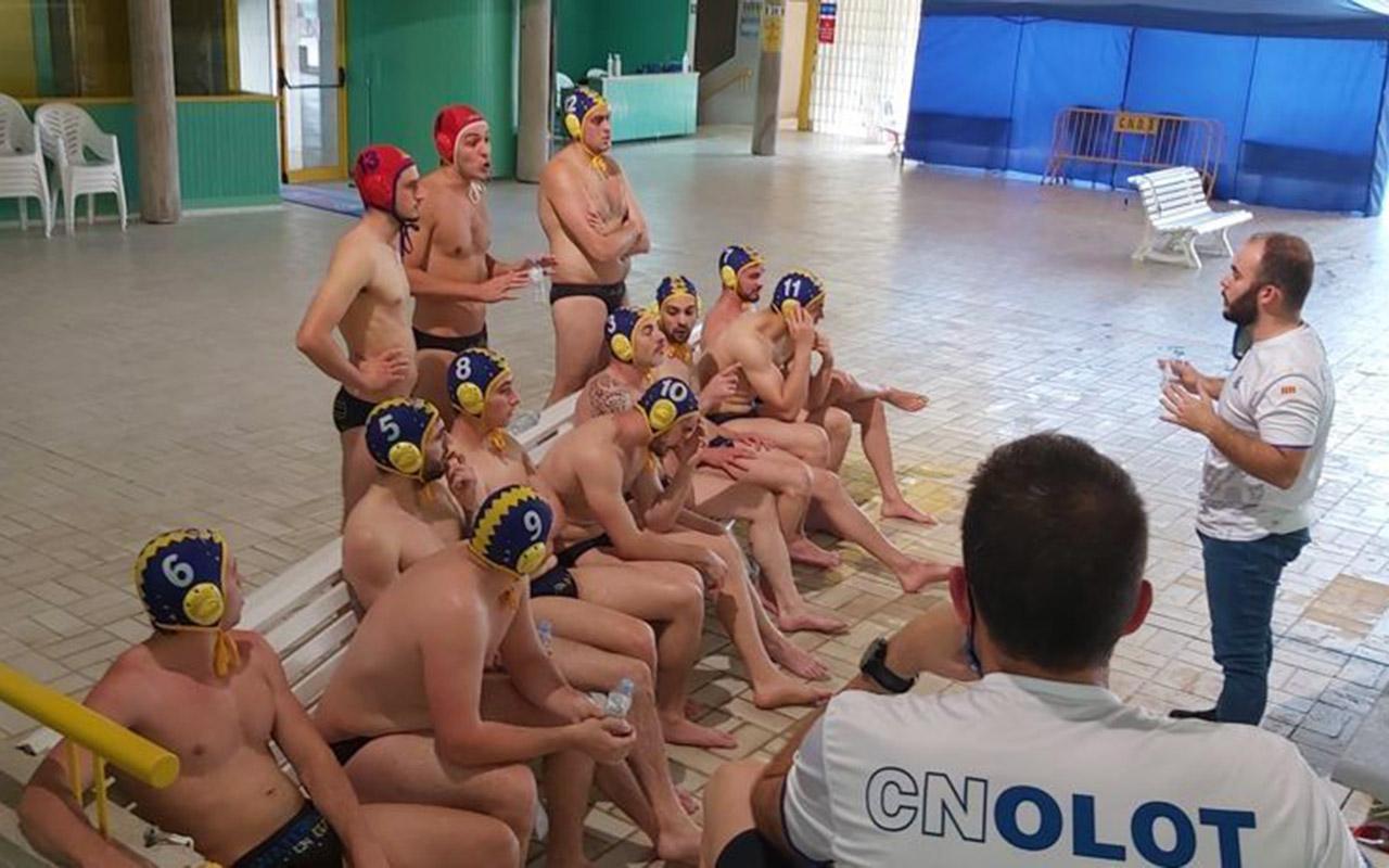 El CN Olot de waterpolo ja és campió de la lliga regular i lluitarà per pujar a Primera Catalana
