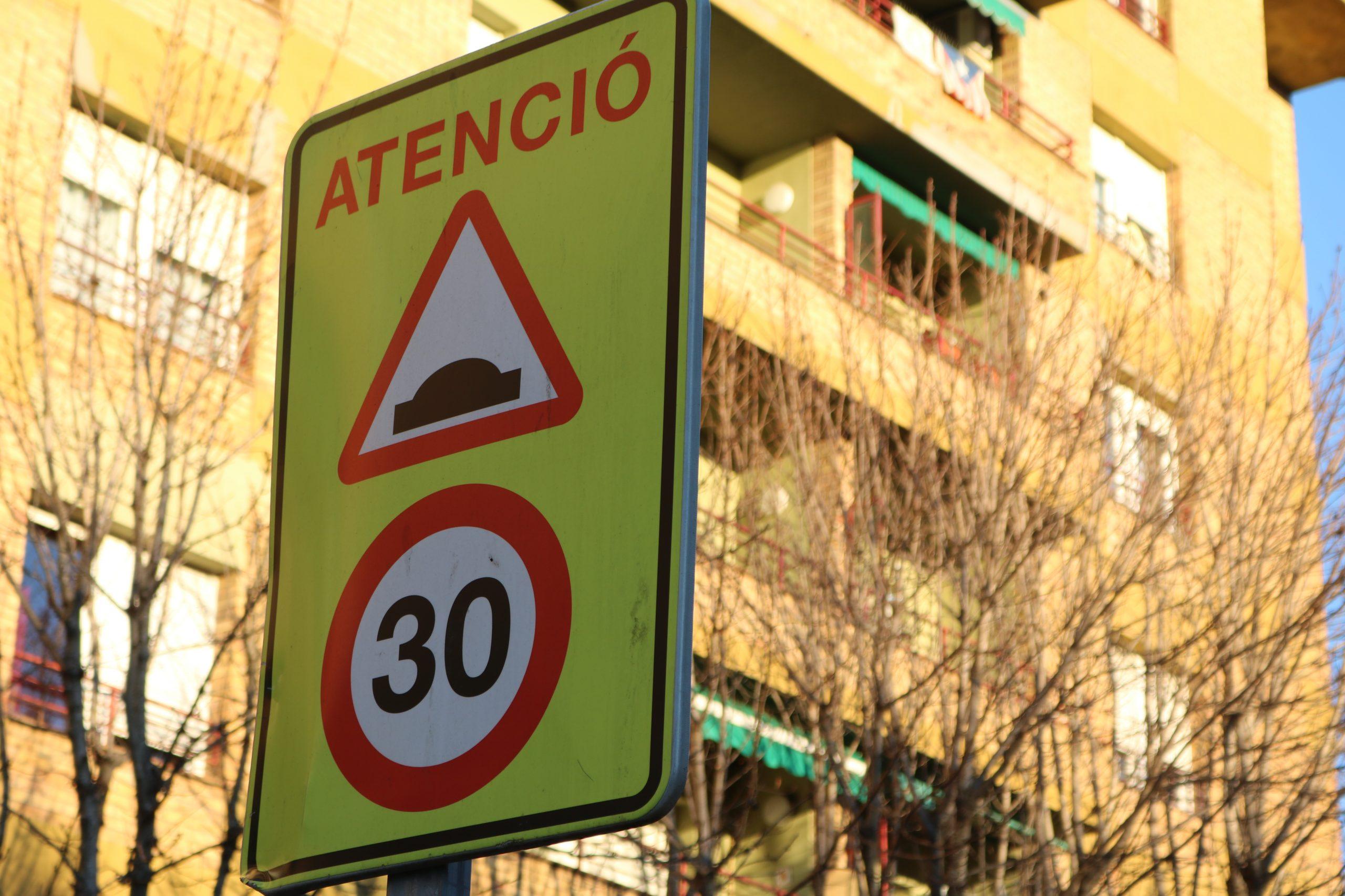 La Policia Municipal d'Olot comença a multar pels 30 km/h