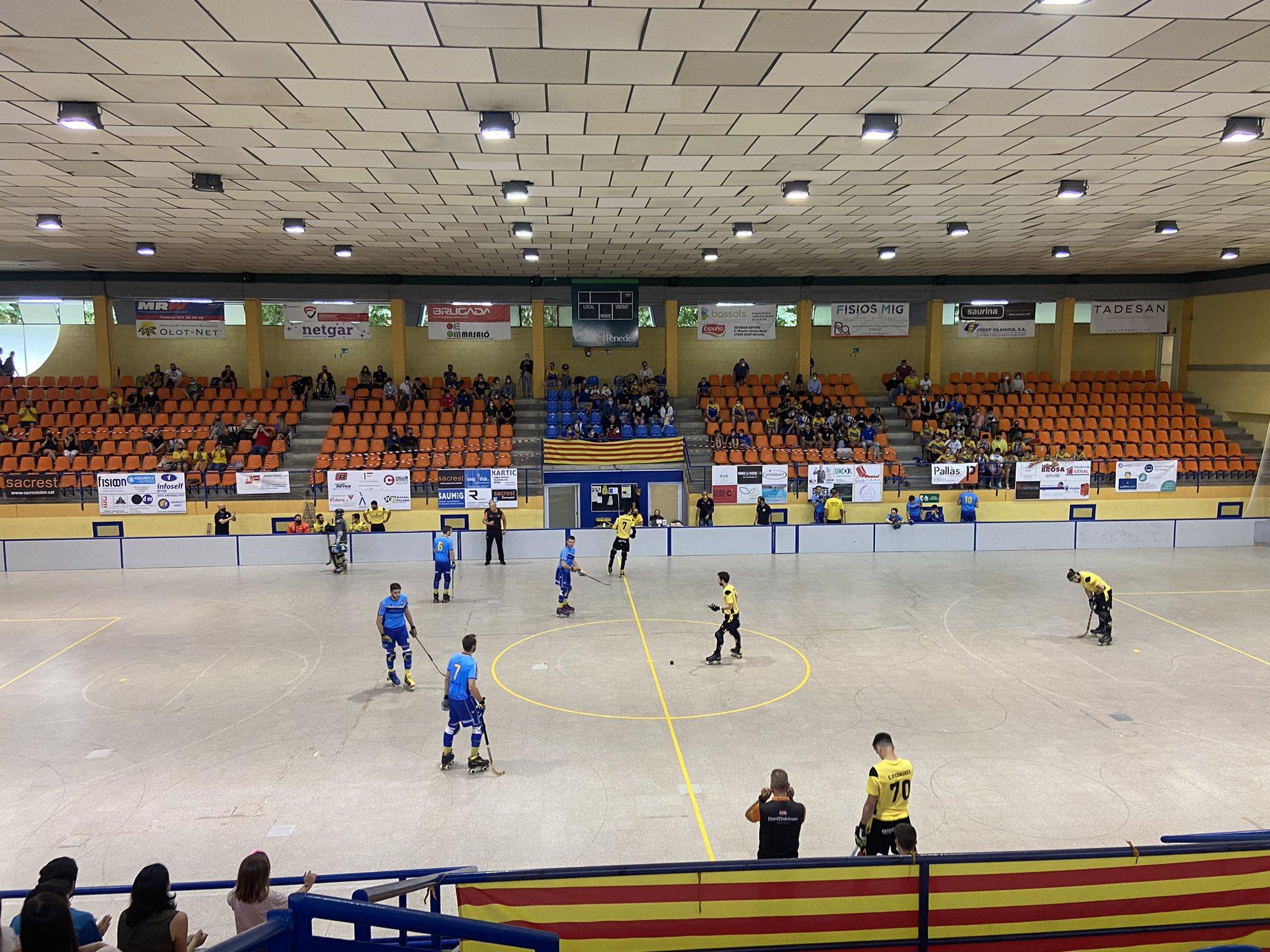 La pista principal del Pavelló Municipal d'Esports d'Olot portarà el nom de Josep Jou