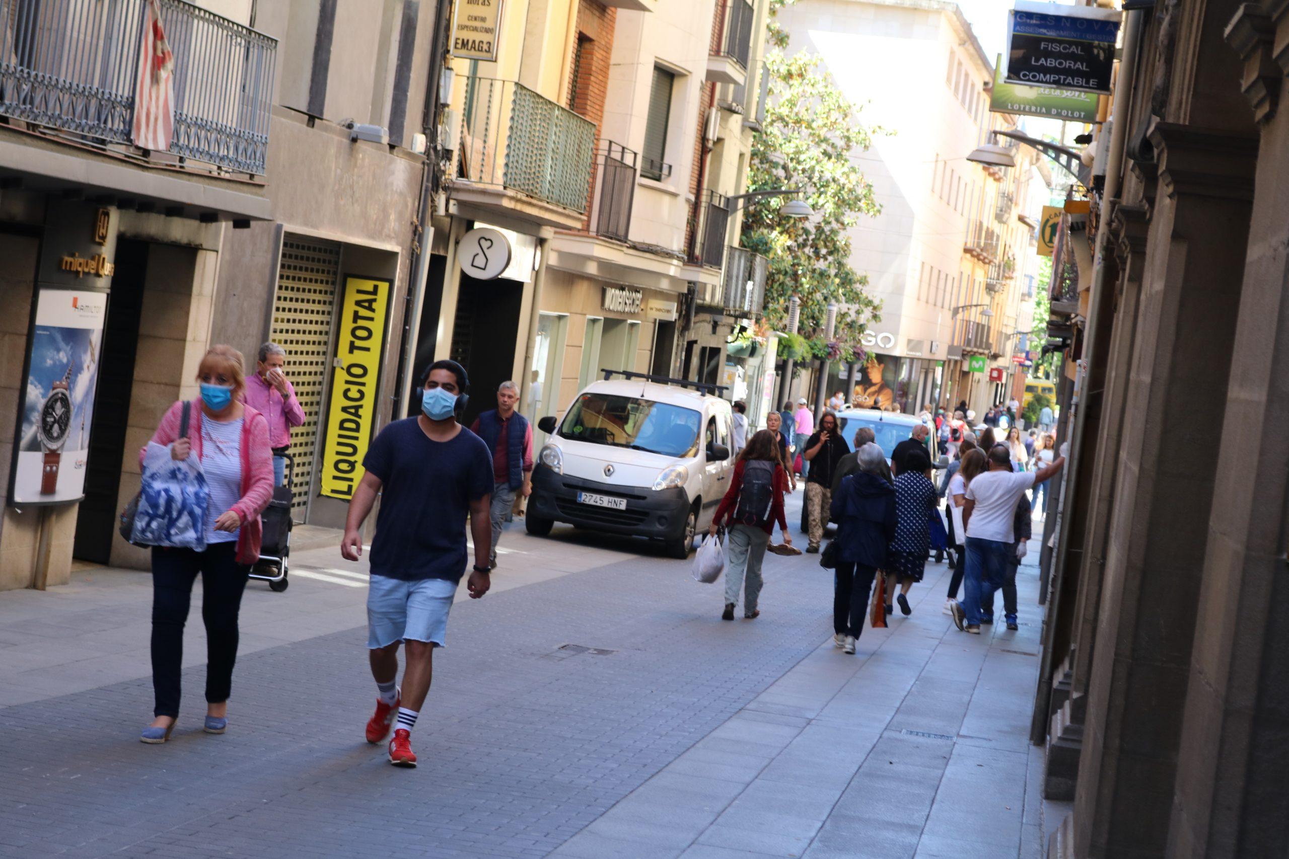 La pandèmia continua disparada a la Garrotxa, sobretot entre la població més jove